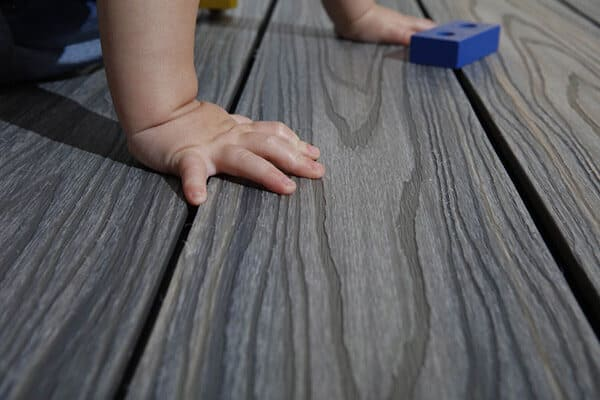 Spliter-free, safe and child friendly decking